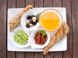 breakfast-1804436_960_720
